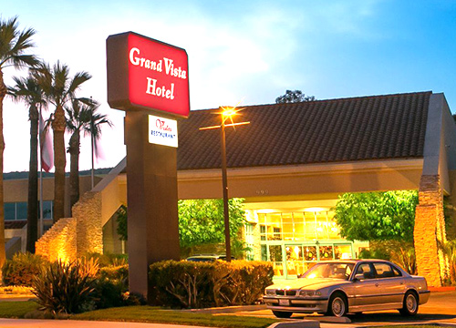Grand Vista Front Feature 500x360