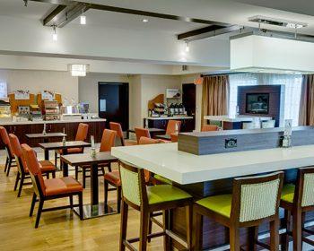 Holiday Inn Cafe Gallery 500x400